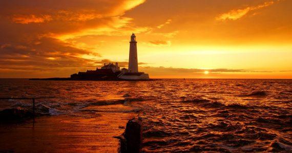 lighthouse-1824614_1920-150x150