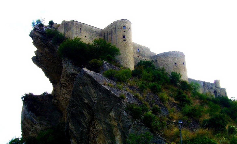rocca scalegna castello